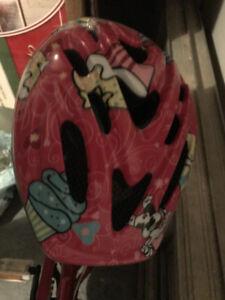 Byciclette et casque de protection enfant