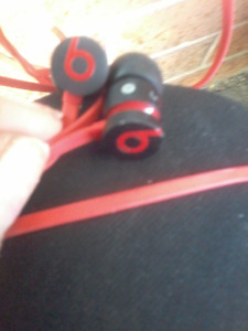 REAL!!! Beats By DRE red & black ear buds