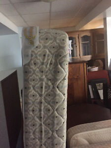 Queen size low profile box spring
