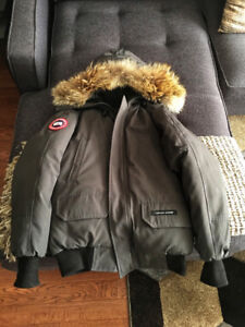 Canada Goose Chilliwack Bomber - Men's XS - Charcoal Grey