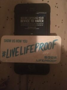 Nude life proof iPhone 6 black case with decal !!