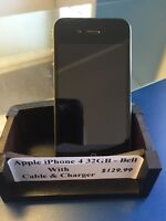 Like new! iPhone 4 32GB - Bell/Virgin