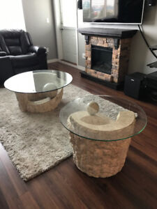 Catalina Coffee Table and End Table. Both in excellent condition