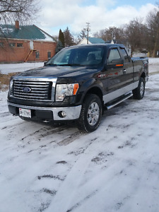 2010 Ford F-150  XLT  4X4 Extended Cab 76,244 klm