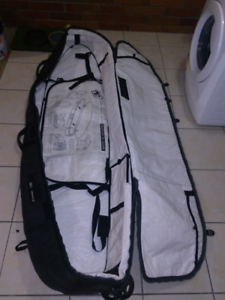 Creatures of leisure quad wheely board bag