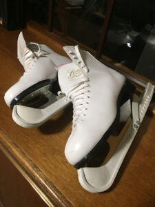 Women's Leather Lined Ice Skates, White