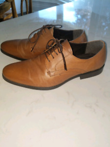 RED TAPE NEVER WORN MENS DRESS SHOES