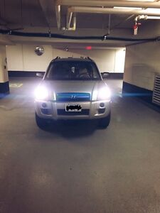 LOW KM HYUNDAI TUSCON FOR SALE!! V4 ENGINE
