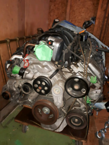 05-0 7 Chrysler 300, Magnum, Charger 5.7L V8 engine, tranny, ECU