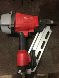 Milwaukee framing nailer model 7710-20 excellent condition