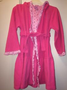 Robe de chambre rose Princesses Disney 7-8 ans en très bon état