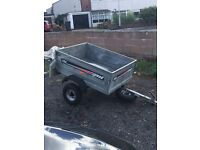 Erde 122 trailer with cover.