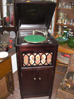 Antique Phonograph by Starr Co. London Ont.