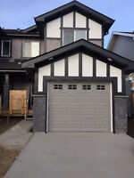 1500 Sq/ft Triplex with single attach garage for rent