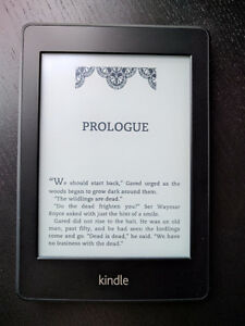 Kindle Paperwhite WiFi (5th Generation) - Like New