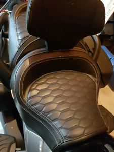 Can Am Spyder F3 Cannonball Seat and Driver Backrest