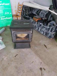 Pellet stove and pipe kit for sale $ 600