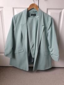 Womens Blazer and Trouser Suit - size 18, sea foam green NEW