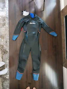 Zone3 Vision Wetsuit. BRAND NEW IN BOX. QUICK SELL