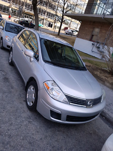 Nissan versa 2007 super clean
