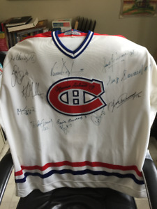 Montreal canadiens jersey autographed by 12 captains