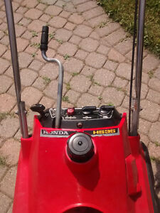 Snow thrower for sale, Honda HS35 Kitchener / Waterloo Kitchener Area image 2