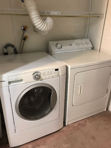 Washer & Dryer / Laveuse & Secheuse