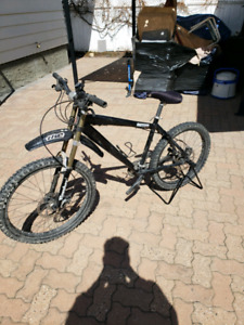 Norco rampage hard tail mtb bike