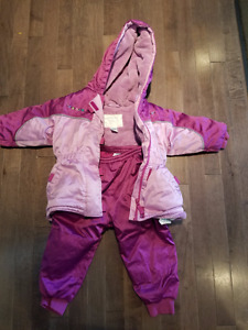 Please Mum Snowsuit: jacket and ski pants - very warm! Size 2/3