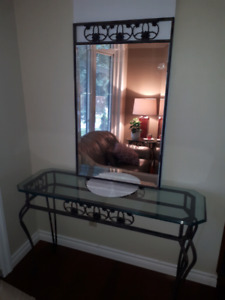 Tables de salon et miroir/ Set of 4 = 3 table and wall mirror