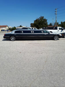 Stretch Limo Town Car