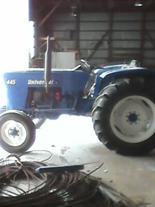 Looking to trade my 1976 universal tractor $4000