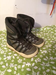 Size 10 snowboarding shoes