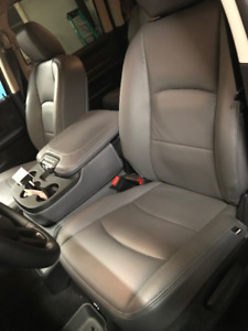 2017 Dodge Ram 1500 front and back leather heated seats