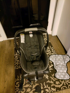 Britax Bsafe infant to toddler seat