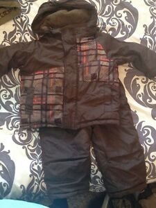 Boys size 2 snow jacket and pants