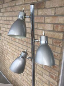 WOW - 2 Superbes lampes grises métalliques