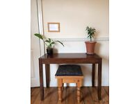 Sideboard - Table