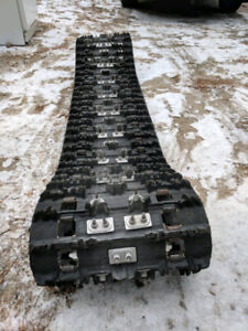 15 by 144 by 1.25 snowmobile track studded 152 studs