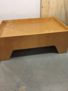 Child's craft / play table