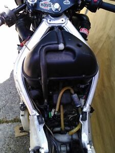 YAMAHA R6 2000 PARTING OUT Windsor Region Ontario image 2