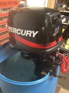 Mercury outboard motor - 6hp 4 stroke - low hours