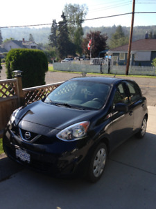 2015 Black Nissan Micra w/ set of new winter tires