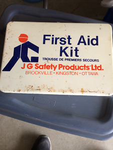 Great for Cottage.  Metal First Aid Kit (Full)