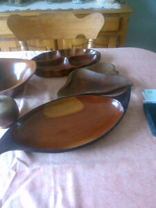 6 pieces of wood dishes  most appear to be teak OR London Ontario image 1
