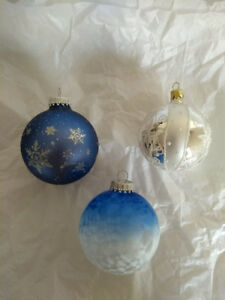 Glass Christmas Tree ornaments Glittery and Glorious!