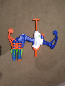 Nerf supersoaker and gun 2 in 1