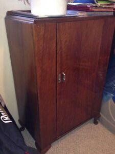 REDUCED. Antique dresser $150.