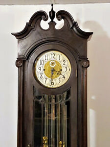 Antique Colonial 8 Day Grandfather Clock