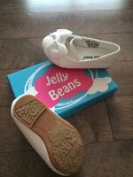 Size 6 toddler shoes